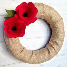 Items similar to Felt Flower Wreath / Floral Wreath / Fabric / Burlap / Farmhouse / Modern / Handmade / Decoration : Poppy on Etsy Felt Flower Wreaths, Felt Wreath, Wreath Crafts, Felt Flowers, Flower Crafts, Diy Flowers, Floral Wreath, Poppy Flowers, Felt Crafts