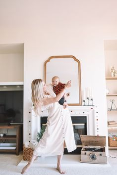 4 Reasons You Should Dance With Your Kids Daily — The Overwhelmed Mommy Toddler Fashion, Kids Fashion, Dance With You, Mom Hacks, Having A Bad Day, Baby Kids Clothes, Holiday Gift Guide, Cute Babies, Parenting