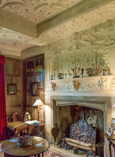 "proba-bility: "" Beautiful century plasterwork in Westwood Manor, Wiltshire "" Georgian Interiors, English Country Style, Antique Interior, Home Goods Decor, Hearth And Home, Dream Rooms, 17th Century, Vintage Decor, Architecture"