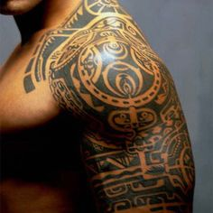 Probably the most famous Maori style tattoo in the world today. Hint: Even though you're not in his kitchen, you can probably still smell what this guy is cookin'.