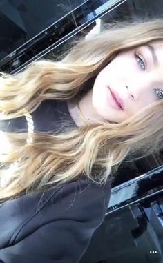 39 New Ideas For Style Gigi Hadid Kendall Jenner People Style Gigi Hadid, Looks Gigi Hadid, Gisele Bundchen, Gigi Hadid Runway, Gigi Hadidi, Hadid Instagram, Gigi Hadid Pictures, Flawless Beauty, Le Jolie