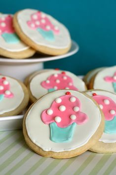 Cupcake sugar cookies..how cute are these?