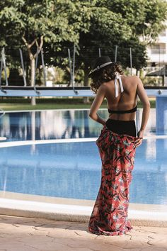 what-to-wear-at-the-pool
