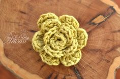 FREE Easiest Crochet Flower Ever…full tutorial and pattern