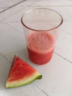 Isteni frissítő: dinnyés jégkása házilag | A napfény illata Watermelon, Ale, Fruit, Food, Mint, Ale Beer, Essen, Meals, Yemek