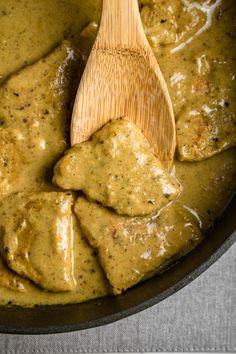 Schab w sosie musztardowym (6 składników) Pork Recipes, Cooking Recipes, Healthy Recipes, Good Food, Yummy Food, Polish Recipes, Polish Food, Food Design, Food Porn