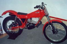 Derbi trial 1982-83 Motocross, Dirt Bike Magazine, Motos Trial, Trial Bike, Bike Trails, Trials, Honda, Racing, Motorcycle