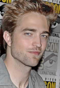 Twitter / RPattzOwnsMe:What makes Rob so special, is that the inside matches the outside. He's beautiful inside as well as out, which makes him incredibly handsome
