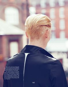 Tilda Swinton  (i have a serious thing for ears and necks...)