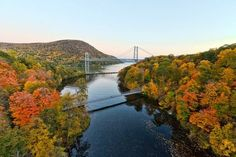 Hudson Valley dressed in flaming foliage? Simply gorgeous. 22 Photos Of The Hudson Valley Will Make You Want To Move There
