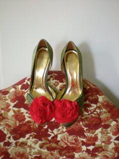 floral shoe clip