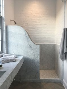 Target Home Decor Bathroom Design Inspiration, Bathroom Interior Design, Living Room Interior, Beautiful Bathrooms, Modern Bathroom, Master Bathroom, Bathroom Ideas, Eco Construction, Home Remodel Costs