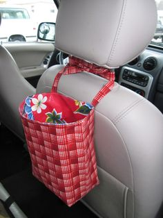 Hanging trash/toy bin for the car - sewing tutorial