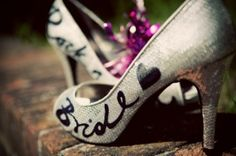 ww.weddbook.com everything about wedding ♥ Silver wedding shoes with custom calligraphy found #weddbook #wedding #shoes