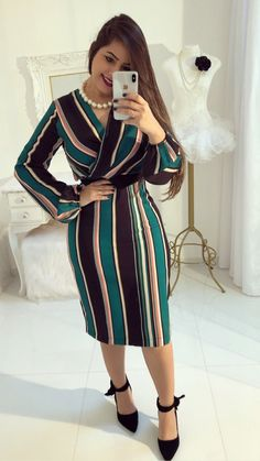 Shop sexy club dresses, jeans, shoes, bodysuits, skirts and more. Classy Dress, Classy Outfits, Chic Outfits, Dress Outfits, Fashion Outfits, African Dresses For Kids, African Fashion Dresses, Simple Dresses, Casual Dresses