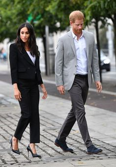 Meghan Markle and Prince Harry Prince Harry And Megan, Harry And Meghan, Princess Meghan, Princess Diana, Meghan Markle, Irish Famine, Markle Prince Harry, Classy Outfits For Women, Royal Fashion