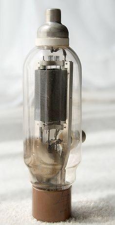 Amperex HF-100