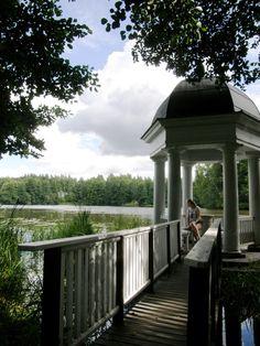 Svartå Manor in Raseborg, Finland Garden Houses, Nature Adventure, Helsinki, Beautiful World, Finland, Gazebo, Scandinavian, Castle, Villa
