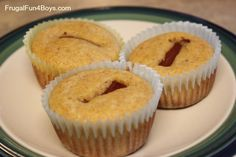 Easy Lunch Idea: Corndog Muffins