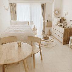 Small Room Design Bedroom, Room Ideas Bedroom, Home Room Design, Bedroom Decor, Apartment Interior, Room Interior, Asian Room, Minimalist Room, Cozy Room