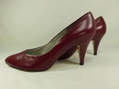 "Womens shoes CAPEZIO red cranberry LEATHER sexy classic 3"" heels pumps sz 8.5 M"