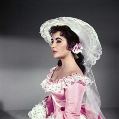 Elizabeth Taylor as Susannah in Raintree County 1957, costumes by Walter Plunkett