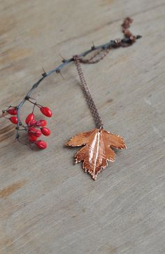 BLACK FRIDAY SALE 20% Real hawthorn leaf pendant от ChechelArt