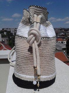 Αποτέλεσμα εικόνας για crochet bag 2018 Double Crochet 4db73b7aa8b