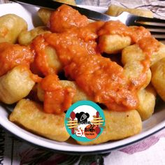 Ñoquis de batata fritos con salsa de tomate | evamartas