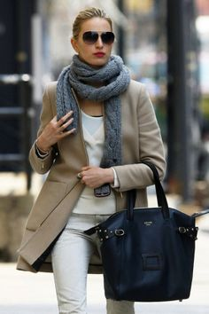 Classics are Classics for a reason! And that beautiful Celine bag in a gorgeous Navy Color, is simply to die for!