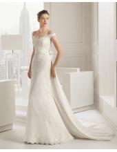 Glamouröse Dramatische Ausgefallene Brautkleider aus Spitze mit Schleppe