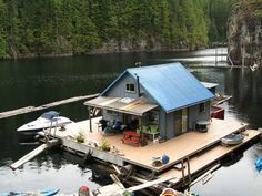 Imagine living aboard a small two-bedroom house, built on a floating support structure made from giant logs. That's what one couple has been doing for years on Powell Lake in Coastal British Columbia - complete with floating vegetable garden!