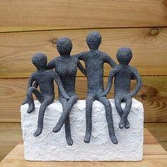Family Sculpture, Modern Art Sculpture, Outdoor Sculpture, Abstract Sculpture, Creative Wall Painting, Creative Wall Decor, Creative Walls, Fotografie Hacks, Pottery Animals