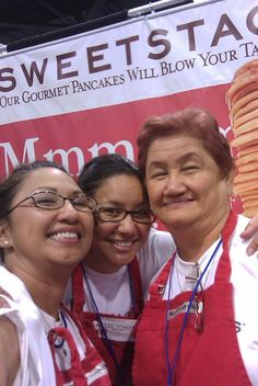 Sis, me and Mom.  SweetStacks at Celebrity Food Show:  http://www.sweetstacks.com/content/view/136/2/