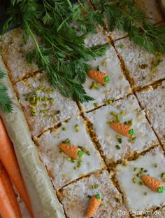 CASTLEMAKER Lifestyle Blog - Karottenkuchen mit Zitronenguss vom Blech - super einfaches Rezept « CASTLEMAKER Lifestyle Blog Nutrition Program, Group Meals, Healthy Weight Loss, How To Stay Healthy, Bakery, Food And Drink, Healthy Eating, Carrots, Diet