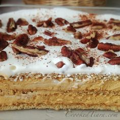 Pumpkin Eclair Cake from Crooked Tiara -- This one uses graham crackers and Pumpkin Spice Pudding (seasonal). <3 <3