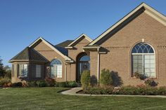 Our most diverse colour offering! Crossroad Series emulates the rich, yet rugged tone of red clay found exclusively in Indiana. Brick Homes, Local Contractors, Brick Block, Brickwork, Indiana, Household, Commercial, Clay, Colour
