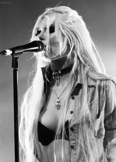 Taylor Momsen. One day, one night, one way, one sight