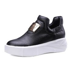 2017 Spring New Fashion Metal Decoration Female Flats Shallow Mouth Platform Loafers Black White Lazy Ladies Shoes Big Size 43