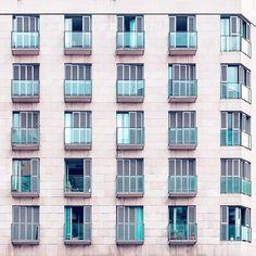 Nicanor García - Some shy windows   Algunas ventanas tímidas