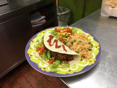 Tacos y chili con arroz mex