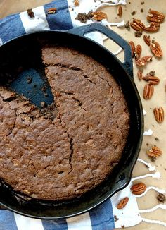 This quick and easy Skillet Buckwheat Banana Bread is vegan, gluten-free, and Low FODMAP. Enjoy a slice for breakfast, or as a delicious afternoon snack with a cup of tea! Gluten Free Banana Bread, Banana Bread Recipes, Gluten Free Baking, Vegan Baking, Gluten Free Desserts, Vegan Desserts, Gluten Free Recipes, Vegan Recipes, Oats Recipes