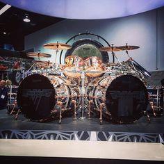 The insane Alex Van Halen @ludwig.drums#wowza!
