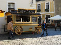 Coffee stall in old town centre - A complete travel guide to Cluj-Napoca