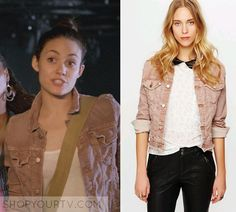 Fiona Gallagher (Emmy Rossum) wears this pink denim jacket in this week's episode of Shameless. It is the Free people Traveler Denim [...]