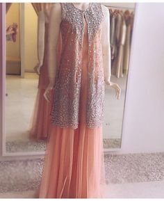 Sublime by sara Party wear Pakistani Designer Clothes, Pakistani Designers, Bridal Dresses, Prom Dresses, Formal Dresses, Kamiz, Sonam Kapoor, Party Wear, Dressing