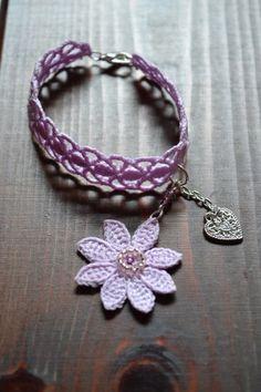 crochet bracelet. Pulsera.
