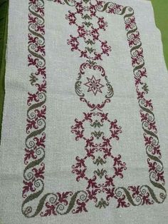 Cross Stitch Books, Cross Stitch Flowers, Bargello, Cross Stitch Embroidery, Iris, Bohemian Rug, Textiles, Crochet, Pattern