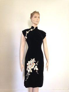 50's Vintage Black Velvet Embroidered Dress cheongsam