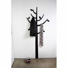 Coat-Tree-Wall-Decal